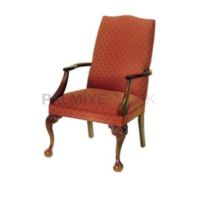 Klasik Kollu Oymalı Aslan Sandalye