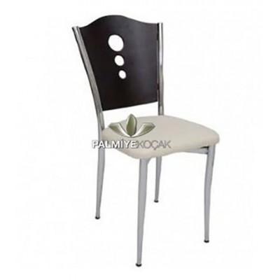 Metal Tepeli Siyah Sandalye